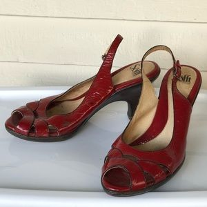 Red patent leather scalloped Sofft shoes heels 10